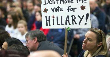 hillary-protest-usatoday-com